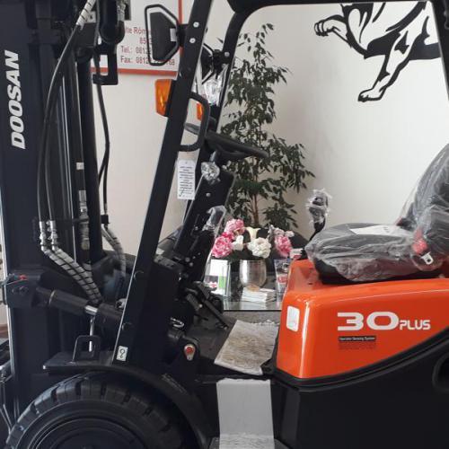 Doosan D30G Plus